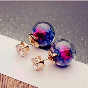 Jewelry - Gorgeous Pink double sided glass flower earrings